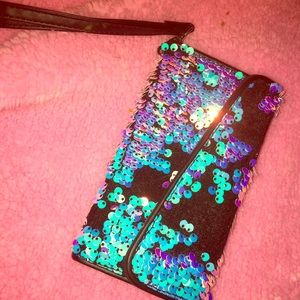 iPhone 4 Mophie juice pack & sequined case/wallet